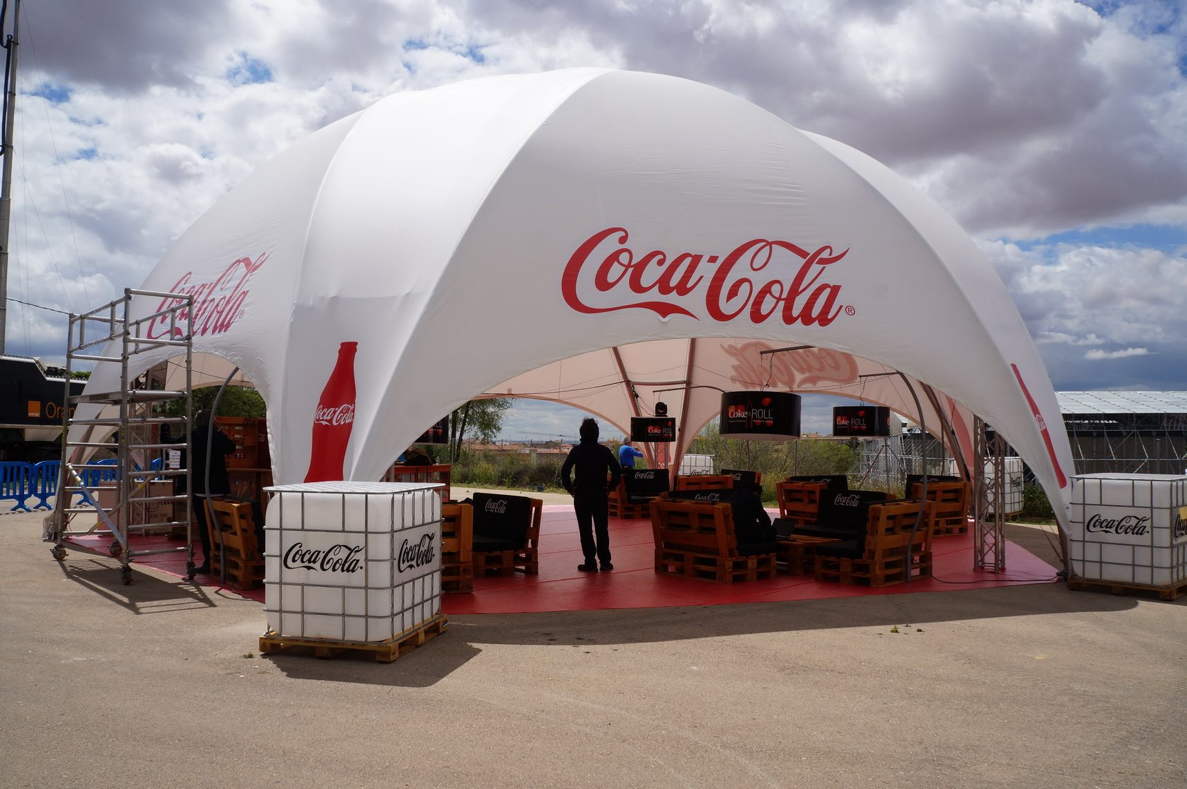 Hexadome Tent - branded
