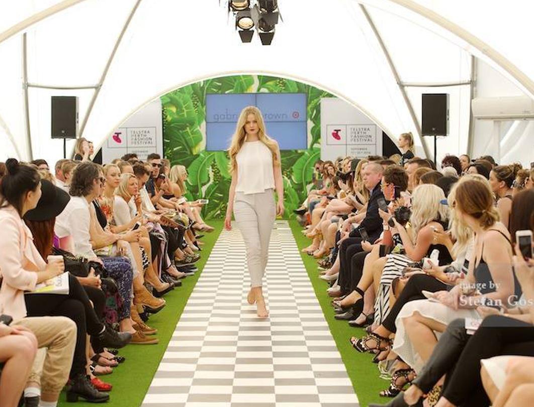 Hexadome Tent - fashion show runway